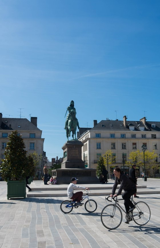 Jeanne d'Arc (Joan of Arc) is the town's claim to fame for her role in the 100 year war there